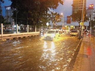flash flood3